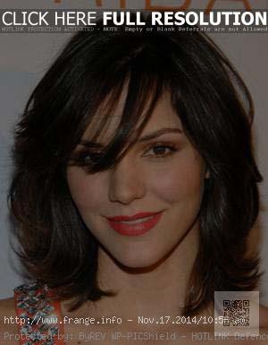 coiffure-2012-femme-mi-long-visage-rond.jpg