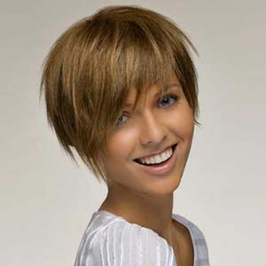 coiffure,carre,frange,femme,cheveux,courts