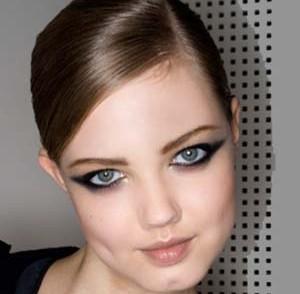 coiffure-cheveux-plaques-femme-20-ans.jpg