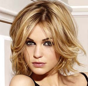 coiffure-femme-50-ans-visage-long.jpg