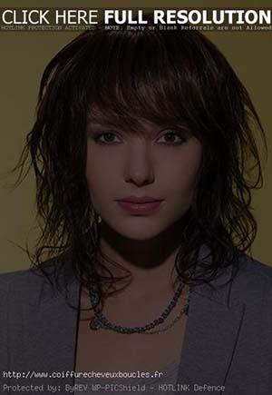 coiffure-femme-mi-long-boucle.jpg