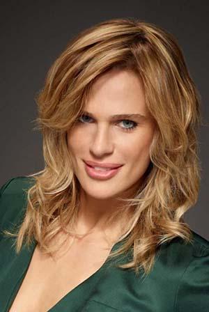 coiffure-ondule-mi-long-femme-blonde.jpg