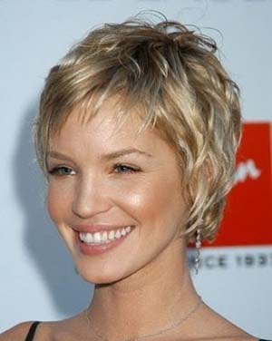 coiffure-tres-courte-2014-femme.jpg