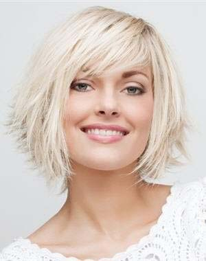coupe-cheveux-courts-2013-visage-rond.jpg