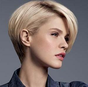 coupe,cheveux,fins,raides,visage,rond
