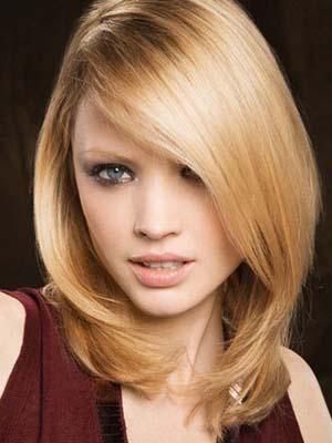 coupe-cheveux-mi-long-femme-visage-carre.jpg