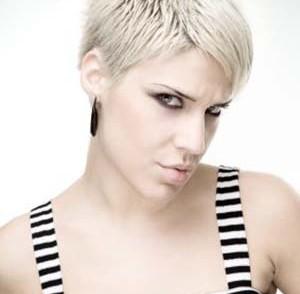 coupe-de-cheveux-femme-ultra-courte-2014.jpg